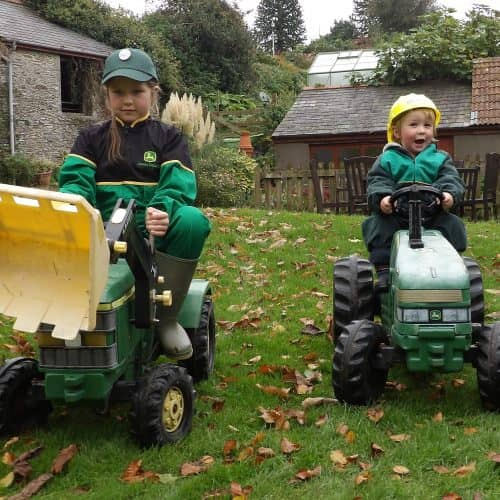 Bampfield Farm is family-friendly accommodation with kids toys to be enjoyed.